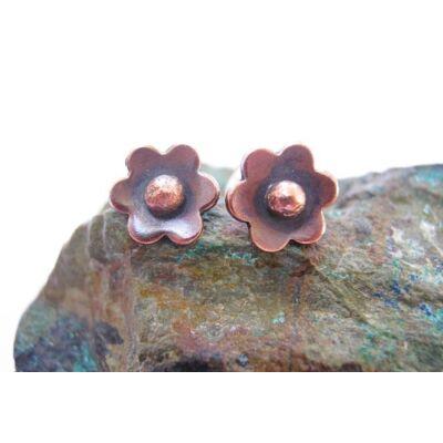 Rézerdő virágai - apró alandor bedugós fülbevaló