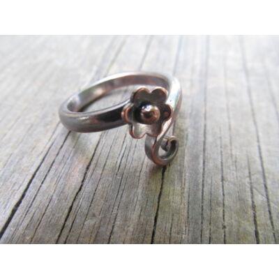 Apró termő alandor - réz gyűrű - egyedi tervezésű ékszer