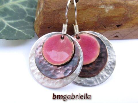 Rózsaszirom - tűzzománc és vegyes fém fülbevaló
