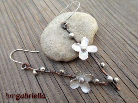 Tavasz ígérete - egyedi tervezésű kézműves fülbevaló