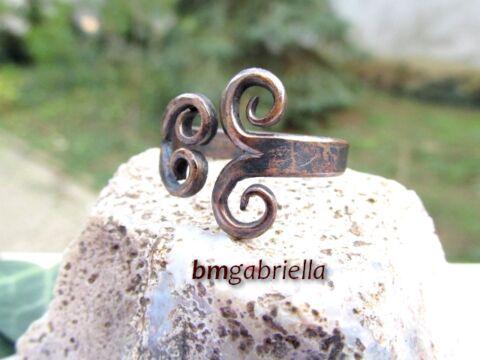 Kovácsolt vörösréz gyűrű