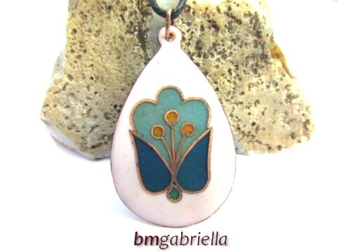 Angyal - tulipán - tűzzománc medál - magyar népi motívum