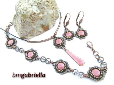 Rózsaszín virág ékszerszett - egyedi tervezésű kézműves fülbevaló, medál, karkötő
